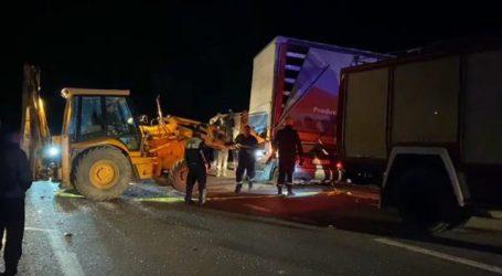 Makina e tij përfundoi poshtë kamionit, kush është studiuesi shkodran që humbi jetën në aksidentin tragjik