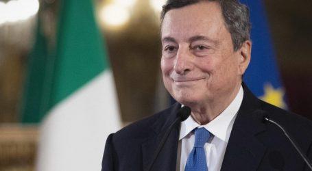 Pas vendimit të EMA-s/ Italia do të rinisë vaksinimin e popullsisë me AstraZeneca