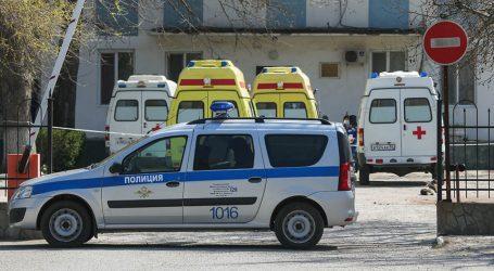 Të shtëna në Rusi/ Një adoleshent i armatosur futet në shkollë dhe vret nëntë persona