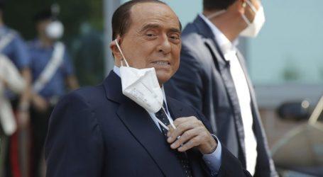 Silvio Berlusconi shtrohet sërish në spital
