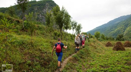 Serbët në Veri të Kosovës nuk i kursejnë plumbat për ish-deputeten shqiptare që ishte duke bërë hiking në natyrë